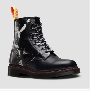 Doc martens 1460 8 eye lace up boot sex pistols
